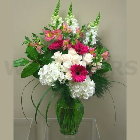 Flower Delivery Ottawa on Altar Vase Arrangement   W Flowers Ottawa