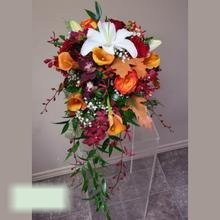 W Flowers product category: Autumn wedding bouquet