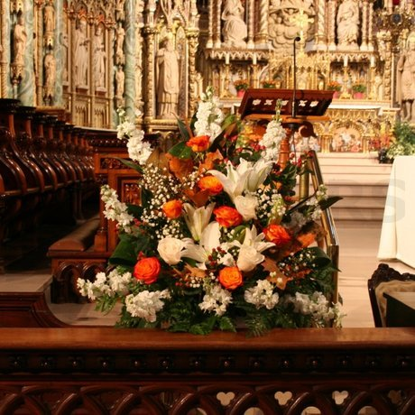 W Flowers product: Autumn wedding flowers for church