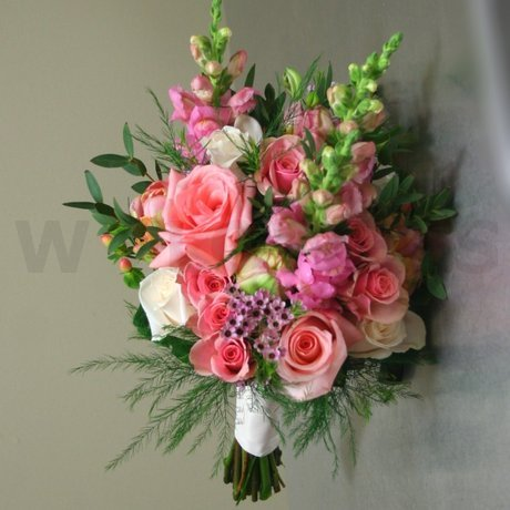 W Flowers product: Bridal Bouquet with Peach Roses