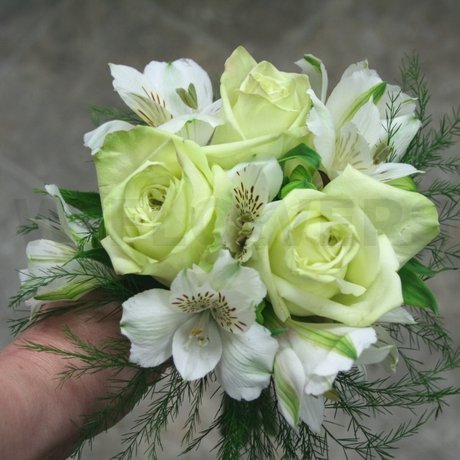 W Flowers product: Bridesmaid Bouquet with Green Roses