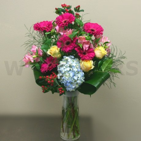 W Flowers product: Bright Bouquet