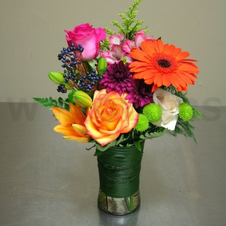 W Flowers product: Bright Day