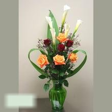 W Flowers product category: Calla and Roses in a Vase