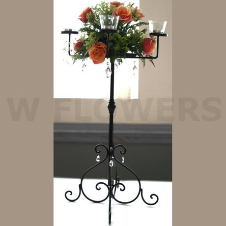 W Flowers product: Candelabra with Roses