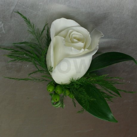 W Flowers product: Classic White Rose Boutonniere