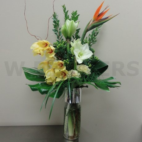 W Flowers product: Contempo Vase