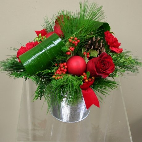 Contemporary Christmas Centerpiece