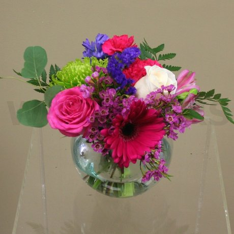 W Flowers product: Delightful