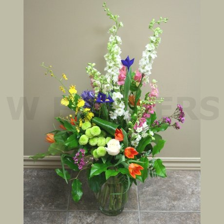 W Flowers product: Deluxe