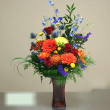 W Flowers product category: Deluxe Arrangement