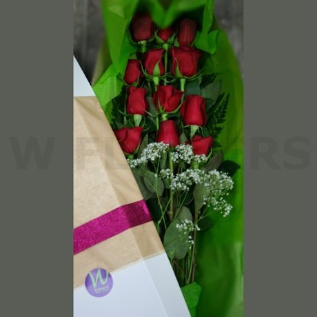 W Flowers product: Dozen Red Roses In a Box
