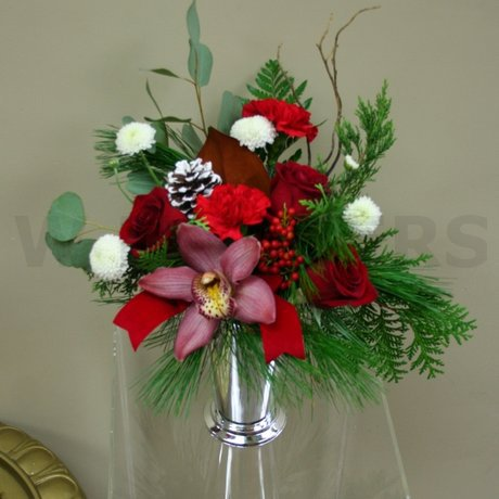 W Flowers product: Elegant Christmas