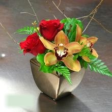 W Flowers product category: Fall Centerpiece with Cymbidium
