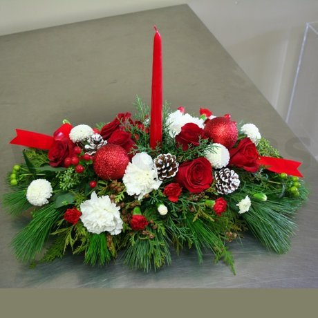 W Flowers product: Family Celebration Centerpiece