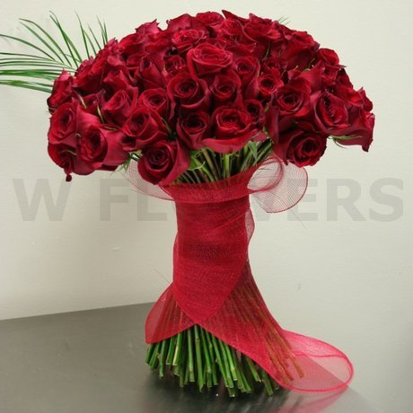 W Flowers product: Fascinating Roses