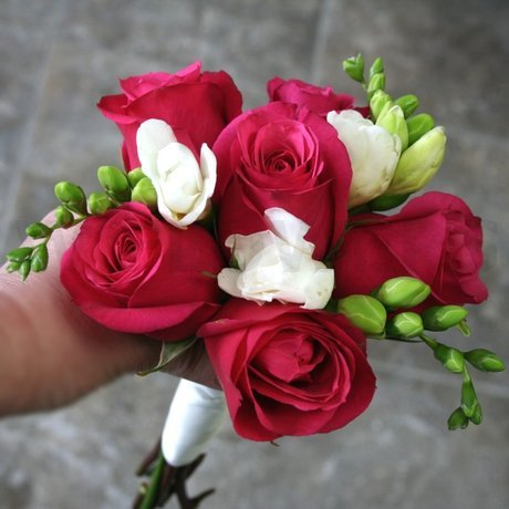W Flowers product: Fuchsia Roses and White Freesia Bouquet
