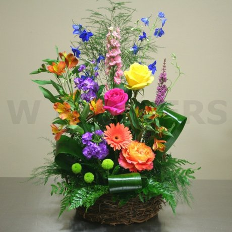 W Flowers product: Garden Basket