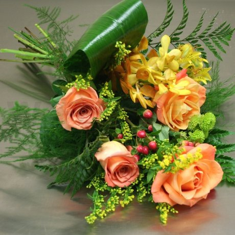 W Flowers product: Golden Glow Bouquet