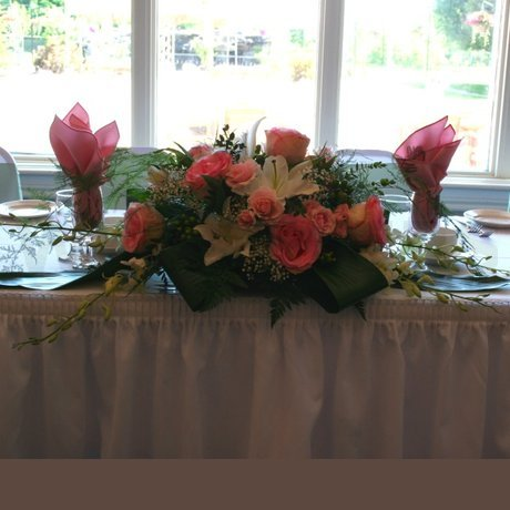 W Flowers product: Head Table Flowers in pink and white