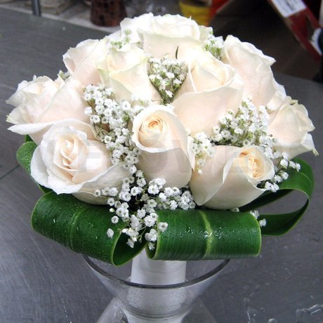 W Flowers product: Ivory Roses Bridal Bouquet
