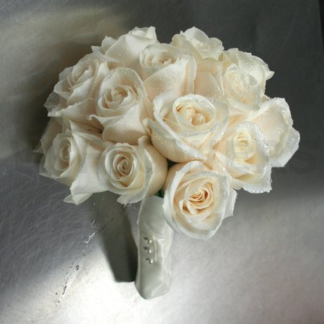 W Flowers product: Ivory roses classic wedding bouquet