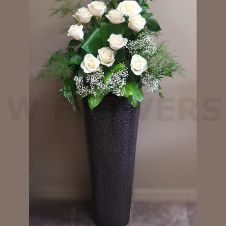 W Flowers product: Rose Arrangement for Wedding Ceremony