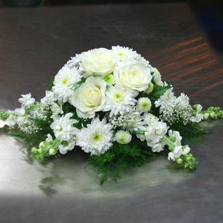 W Flowers product: Main Table White Wedding Flowers