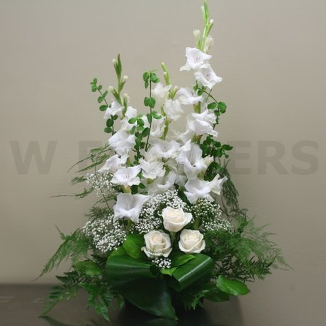 W Flowers product: Memorial Flower arrangement Medium