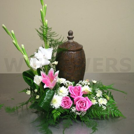 W Flowers product: Memorial Service Flowers