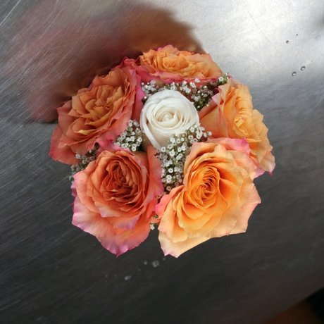 W Flowers product: Peach roses bouquet