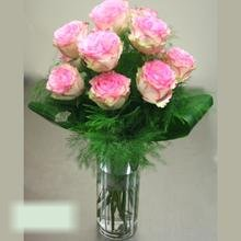 W Flowers product category: Pink Dozen Roses in a Vase