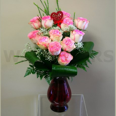 W Flowers product: Pink Roses in a Vase