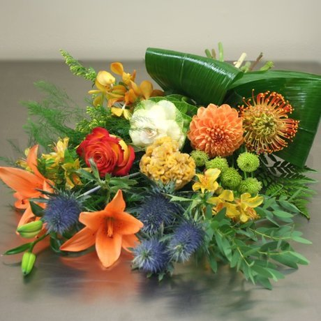 W Flowers product: Plentiful Autumn Bouquet