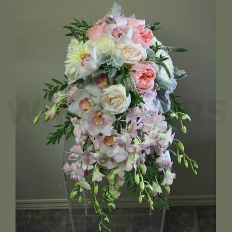 W Flowers product: Popular Wedding Bouquet Cascade