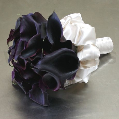 W Flowers product: Purple to Black Calla Bouquet