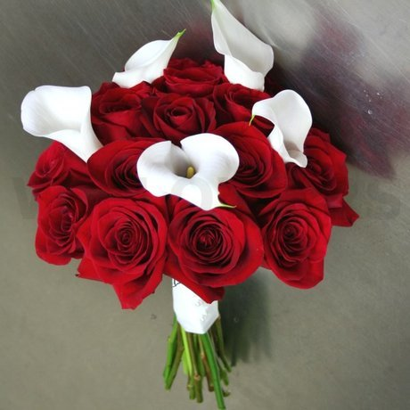 W Flowers product: Red roses and White calla bouquet