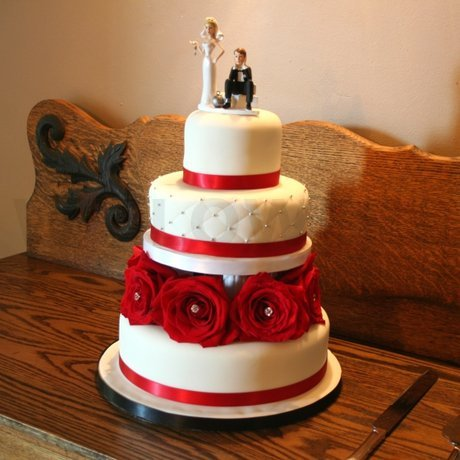 W Flowers product: Red Roses Wedding Cake Decoration