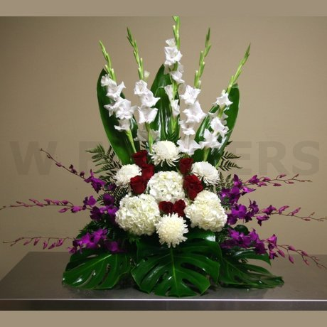 W Flowers product: Remembrance Flower Arrangement