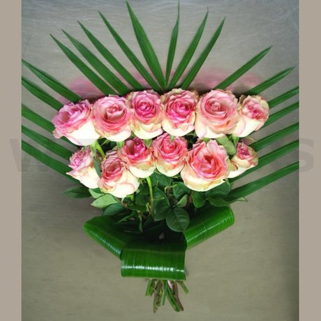 W Flowers product: Soft Pink and Green