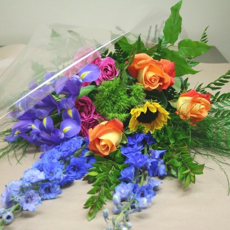 W Flowers product: Spring Feelings
