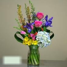 W Flowers product category: Spring Vase