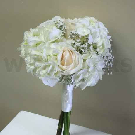 W Flowers product: White and Ivory wedding bouquet